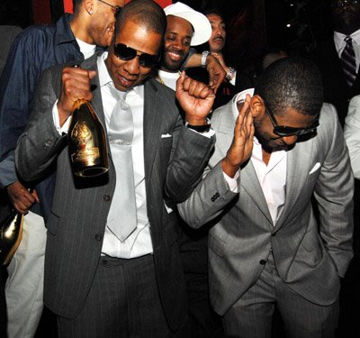 "Usher - ""Hot Toddy"" (feat. Jay-Z)"